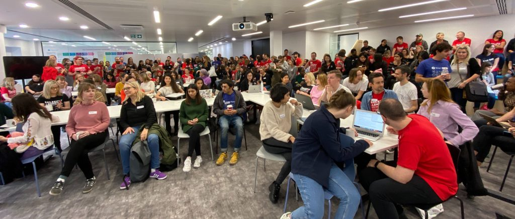 A room of about 300 students and coaches at Rails Girls London